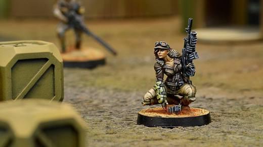 Hunzakut uzbrojona w rifle i light shotgun - Haqqislam
